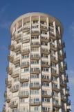 Edificio in condominio circolare fotografie stock