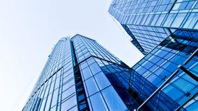 Edificio corporativo azul Imágenes de archivo libres de regalías