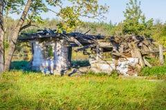 Edificio dañado abandonado viejo Fotos de archivo