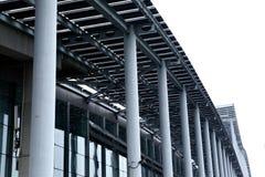 Edificio de acero moderno Fotografía de archivo libre de regalías