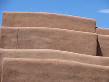 Edificio de Adobe, Santa Fe nanómetro imágenes de archivo libres de regalías