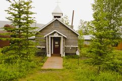 Edificio de biblioteca viejo en Keno, el Yukón, Canadá imagen de archivo libre de regalías