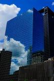 Edificio de cristal reflexivo Fotografía de archivo libre de regalías