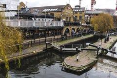 Edificio de Dingwall en Camden Town en Londres, Inglaterra, rey unido Imagen de archivo
