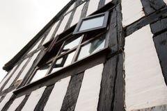 Edificio de entramado de madera en el Reino Unido imágenes de archivo libres de regalías