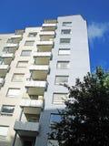 Edificio de highrise de los años 50 Foto de archivo libre de regalías