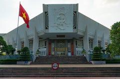 Edificio de Ho Chi Minh Museum en Hanoi, Vietnam Imagenes de archivo