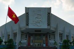 Edificio de Ho Chi Minh Museum en Hanoi, Vietnam Foto de archivo