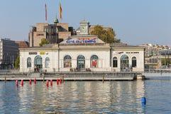 Edificio de La Cite du Temps en la ciudad de Ginebra, Suiza foto de archivo libre de regalías