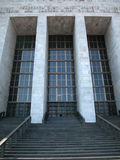 Edificio de la corte de ley en Milano, Italia Imagenes de archivo