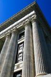 Columnas del edificio Fotos de archivo libres de regalías