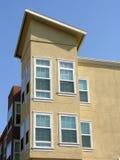 Edificio de la esquina Fotografía de archivo libre de regalías