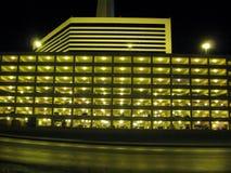 Edificio de la estratosfera en la noche fotografía de archivo libre de regalías