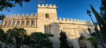 Edificio de la fachada de Llotja de la Seda en Valencia, España Fotos de archivo libres de regalías