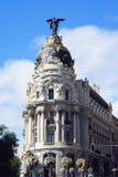 Edificio de la metrópoli en Madrid foto de archivo
