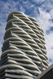 Edificio de la onda Fotos de archivo libres de regalías
