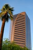 Edificio de la parte alta moderno de Phoenix Imagenes de archivo