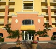 Edificio de la propiedad horizontal Fotografía de archivo libre de regalías