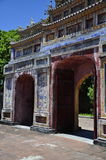 Edificio de la puerta Fotografía de archivo libre de regalías