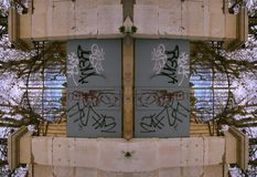 Edificio de la puerta de Marsella Imagen de archivo libre de regalías