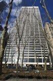 Edificio de la tolerancia en la calle 42 en Manhattan foto de archivo libre de regalías