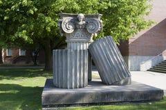 Edificio de la universidad fotos de archivo libres de regalías