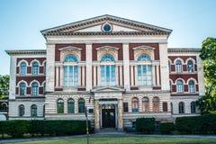 Edificio de la universidad de Liepaja imagen de archivo