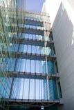 Edificio de la ventana   Foto de archivo