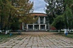 Edificio de ladrillo Imágenes de archivo libres de regalías