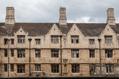 Edificio de ladrillo histórico de Cambridge Inglaterra Fotografía de archivo