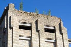 Edificio de ladrillo inacabado abandonado Foto de archivo libre de regalías
