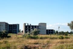 Edificio de ladrillo totalmente destruido Imágenes de archivo libres de regalías