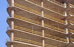 Edificio de marco del concreto reforzado Imagenes de archivo