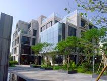 Edificio de oficinas Fotos de archivo libres de regalías