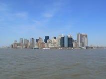 Edificio de oficinas, construcción de viviendas, rascacielos, terraplén horizonte de Manhattan, New York City foto de archivo libre de regalías