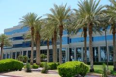 Edificio de oficinas corporativo moderno Imagen de archivo
