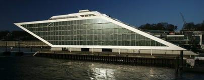Edificio de oficinas de Hamburgo Imagenes de archivo