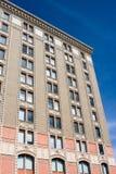 Edificio de oficinas de la vendimia Fotos de archivo libres de regalías