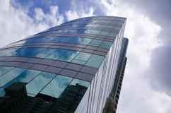 Edificio de oficinas en Bangkok fotos de archivo libres de regalías