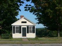Edificio de oficinas en pequeña ciudad rural Foto de archivo