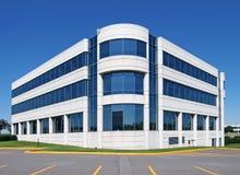 Edificio de oficinas genérico Imagenes de archivo
