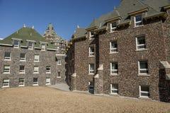Edificio de piedra Imágenes de archivo libres de regalías