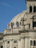 Edificio de piedra abovedado Fotografía de archivo libre de regalías