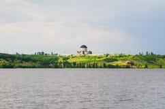 Edificio de una nueva central nuclear Imágenes de archivo libres de regalías