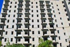 Edificio de varios pisos abandonado en Ucrania Foto de archivo libre de regalías