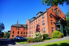 Edificio del campus de la universidad del Mt Holyoke Fotografía de archivo libre de regalías