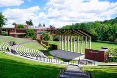 Edificio del campus de la universidad del Mt Holyoke Imágenes de archivo libres de regalías
