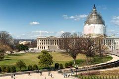 Edificio del capitolio de Estados Unidos en la reconstrucción imagen de archivo libre de regalías