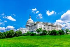 Edificio del capitolio de Estados Unidos en Washington DC - señal de los E.E.U.U. y asiento famosos del gobierno federal american Imagen de archivo