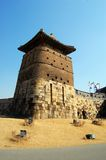 Edificio del centinela en la fortaleza de Hwaseong, Suwon Imágenes de archivo libres de regalías